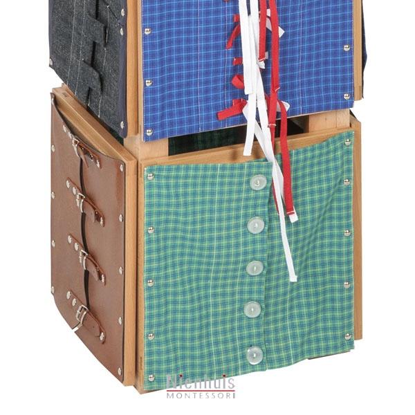 pr sentoir des cadres d 39 habillage montessori spirit. Black Bedroom Furniture Sets. Home Design Ideas